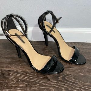 Forever 21 shiny black single strap heels